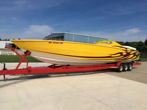 CPB - 1989 41 Apache 3 Pack Race Boat RARE! - Image 2