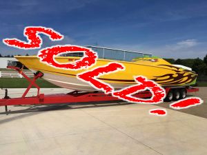 Brokerage - CPB - 1989 41 Apache 3 Pack Race Boat RARE!